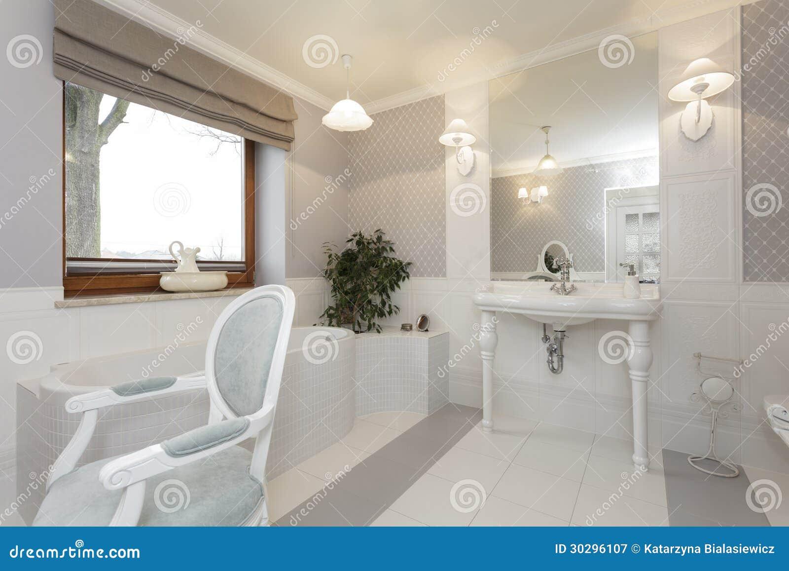 La toscane   salle de bains photographie stock libre de droits ...