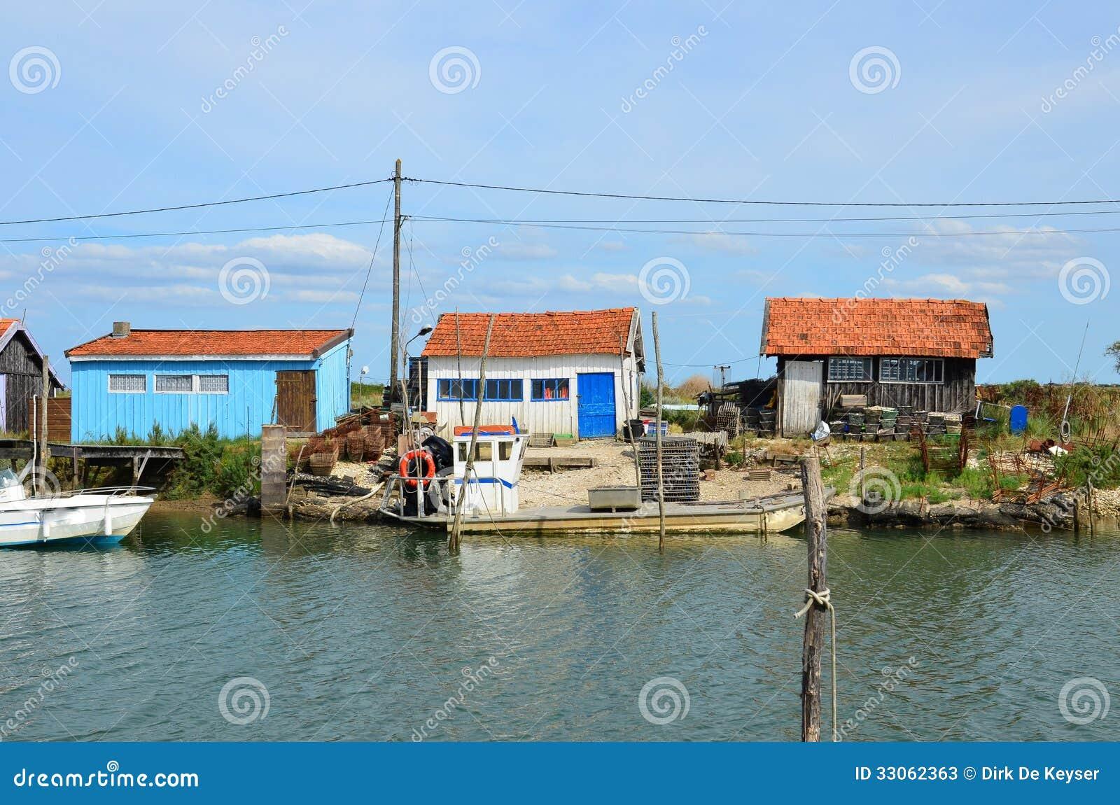 La Tremblade, ostra que cultiva o porto, Charente marítimo, França