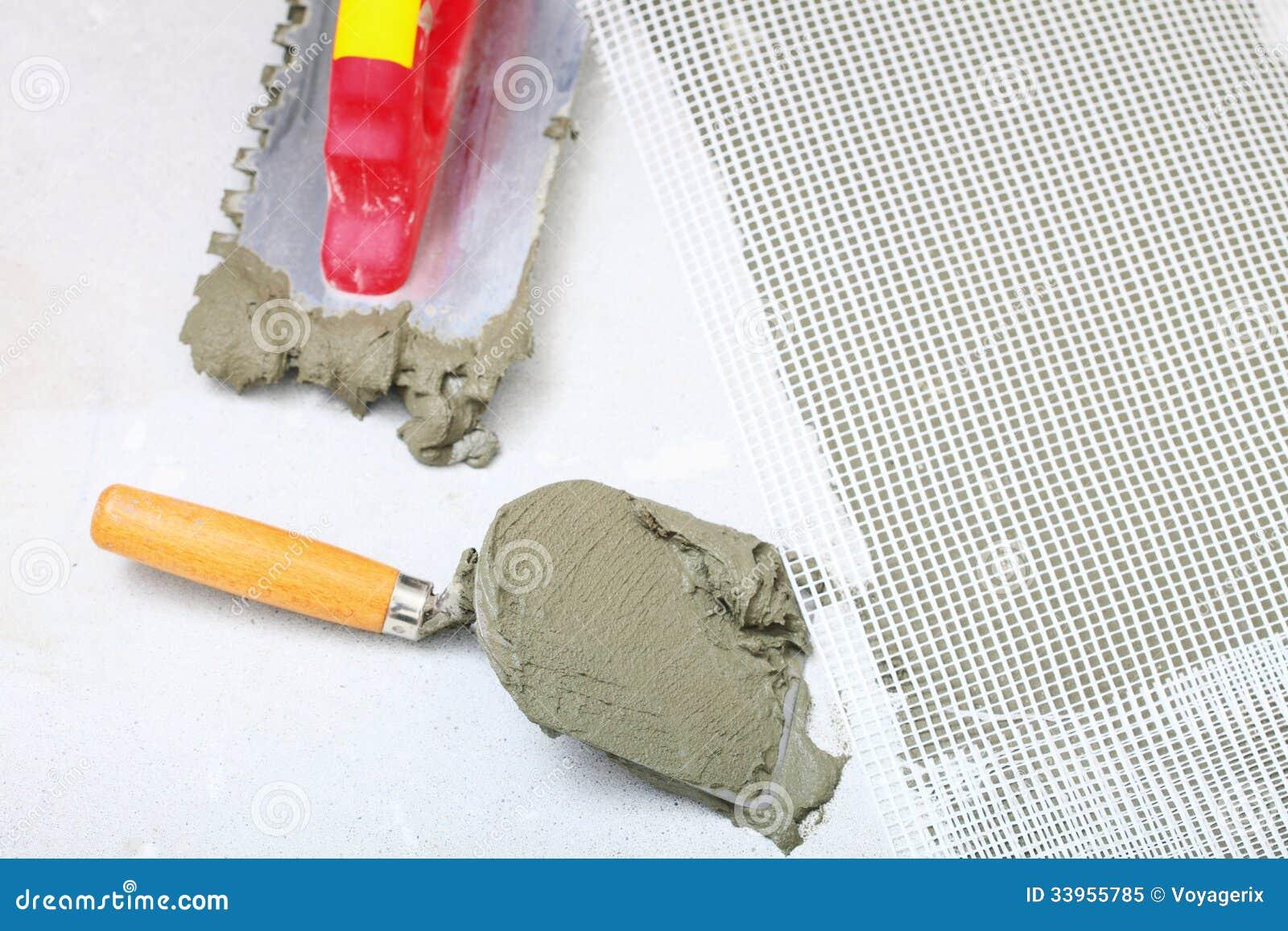 La truelle entaill e par construction avec le mortier pour for Mortier pour tuile faitiere