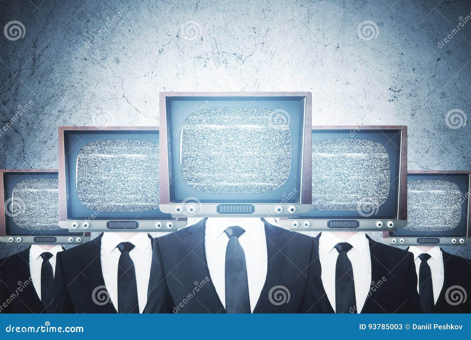 La TV vieja dirigió a hombres de negocios