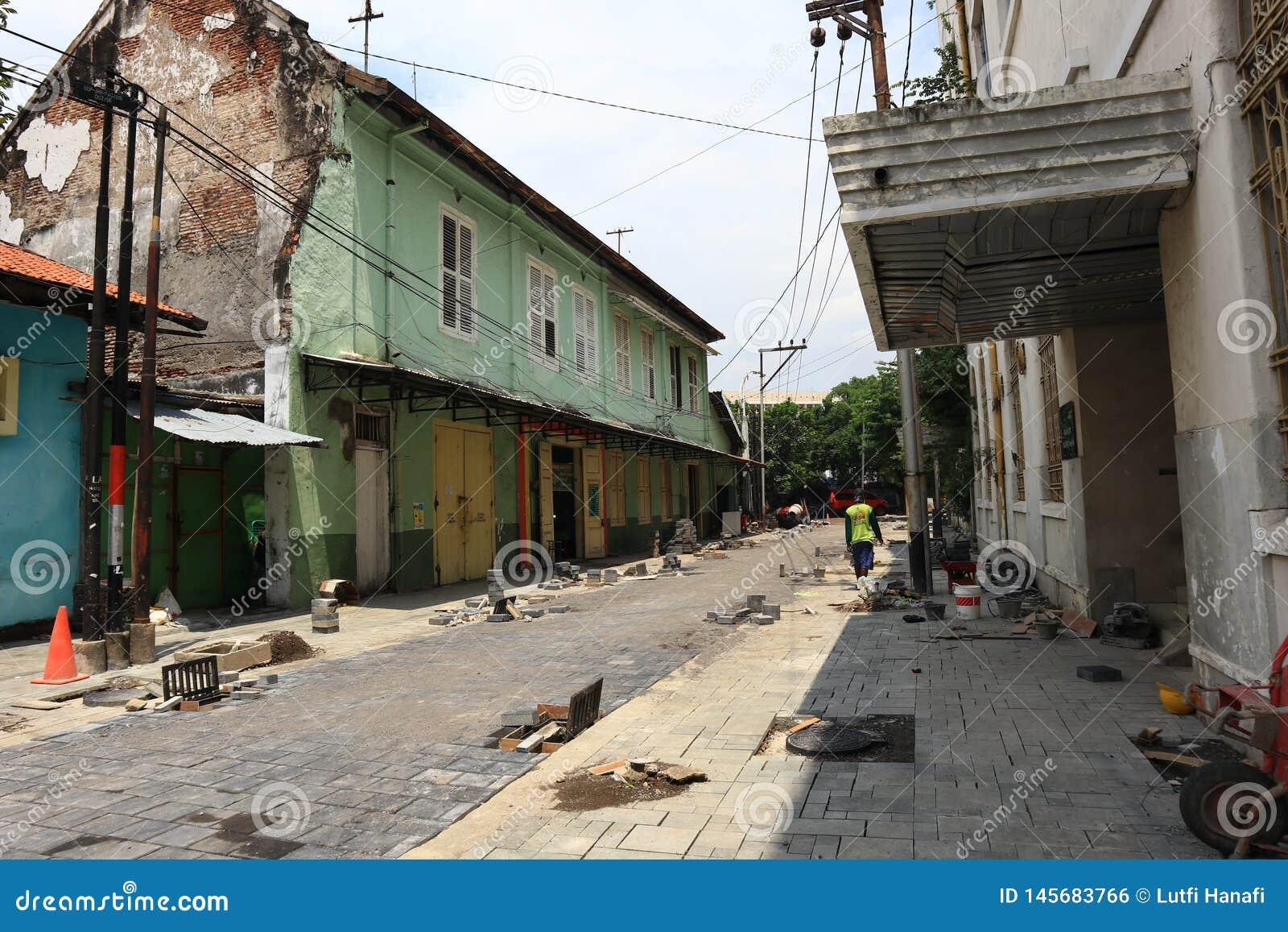 La vecchia area della citt? di Samarang sta effettuando intensivamente i rinnovamenti