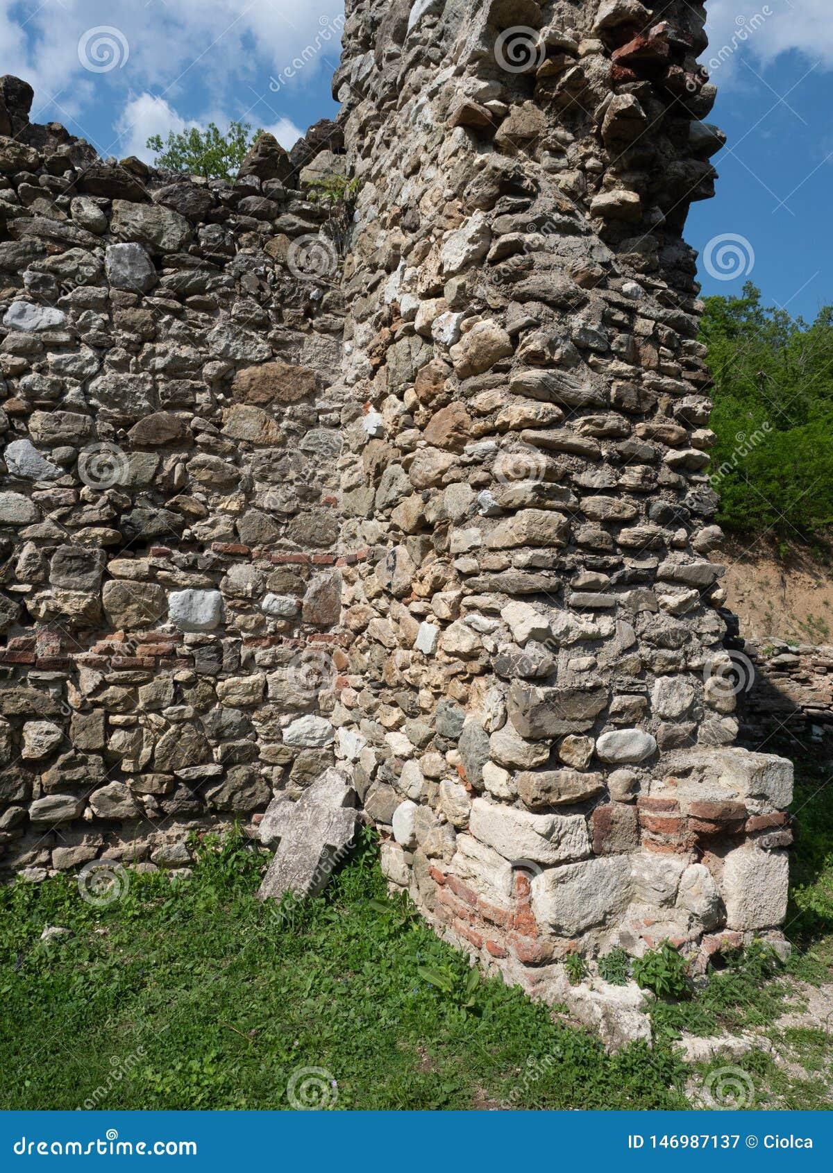 La vecchia chiesa al monastero di Vodita, Romania
