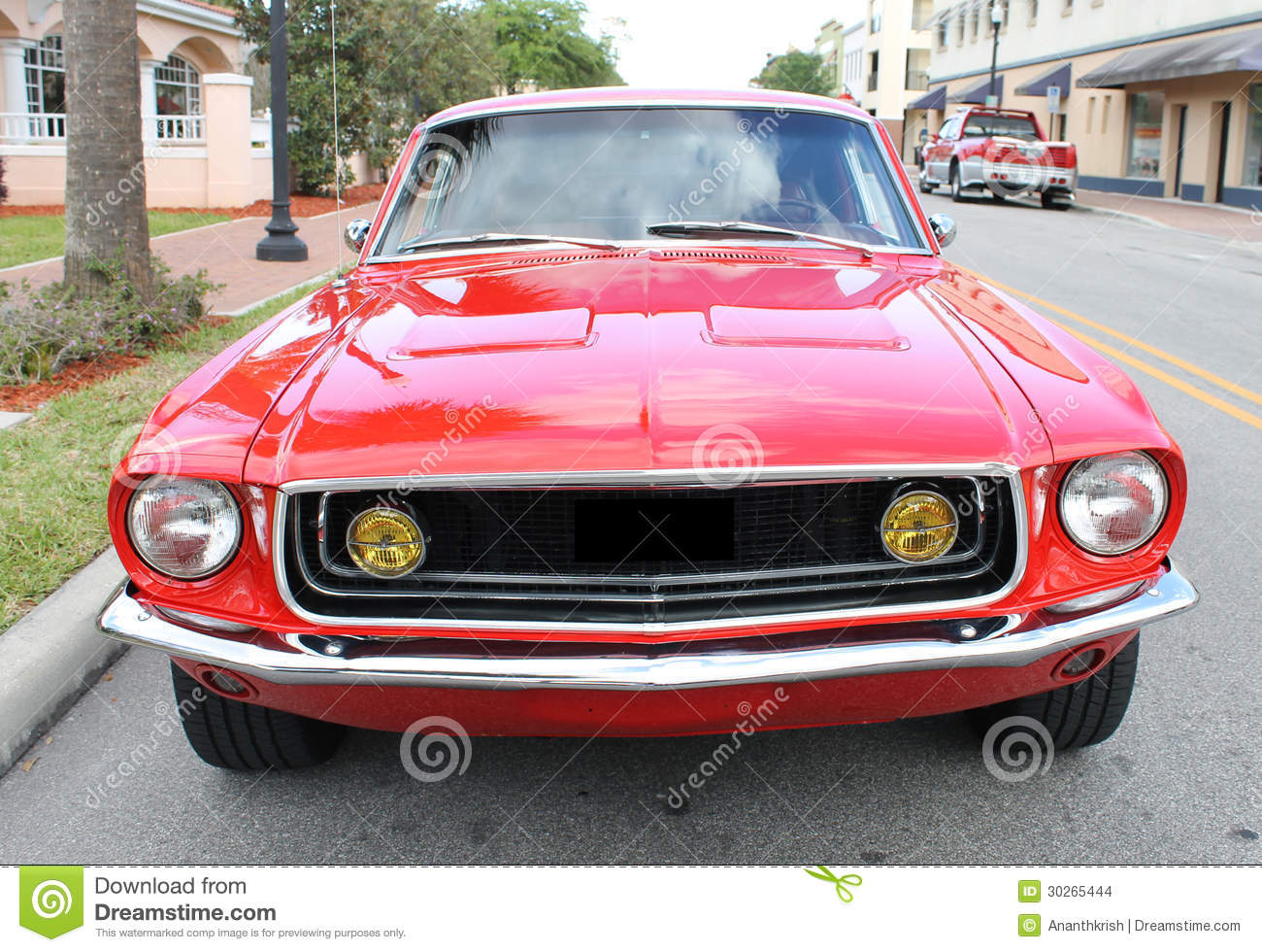 vieille voiture de mustang de ford images stock image. Black Bedroom Furniture Sets. Home Design Ideas