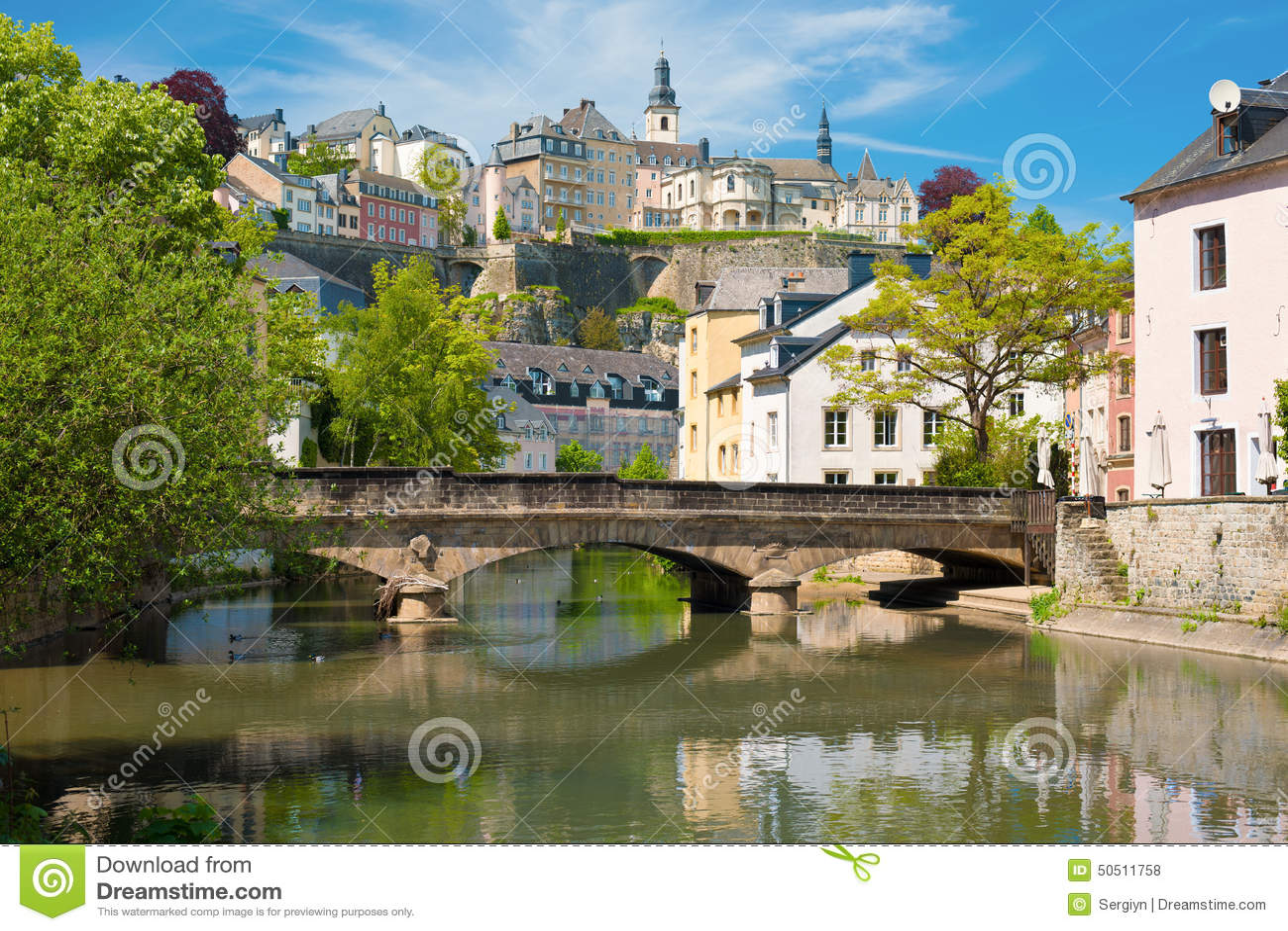 La ville du Luxembourg à un jour d été