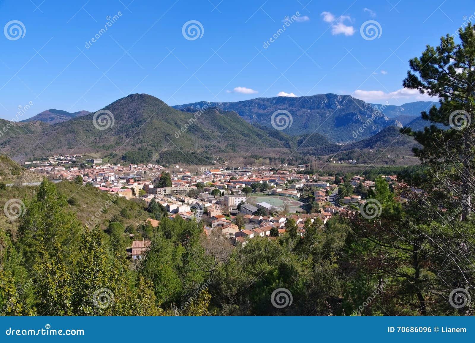 La ville Quillan dans les Frances