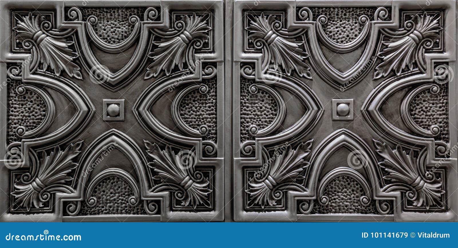 La vista de lujo asombrosa agradable de la plata detallada, oscura texturizada, techo metálico teja el fondo