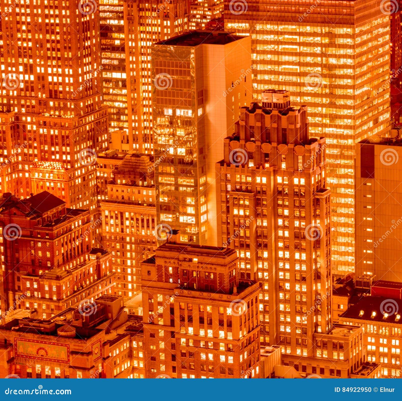 La vue de new york manhattan pendant des heures de coucher du soleil photo stock image du - Heures coucher du soleil ...