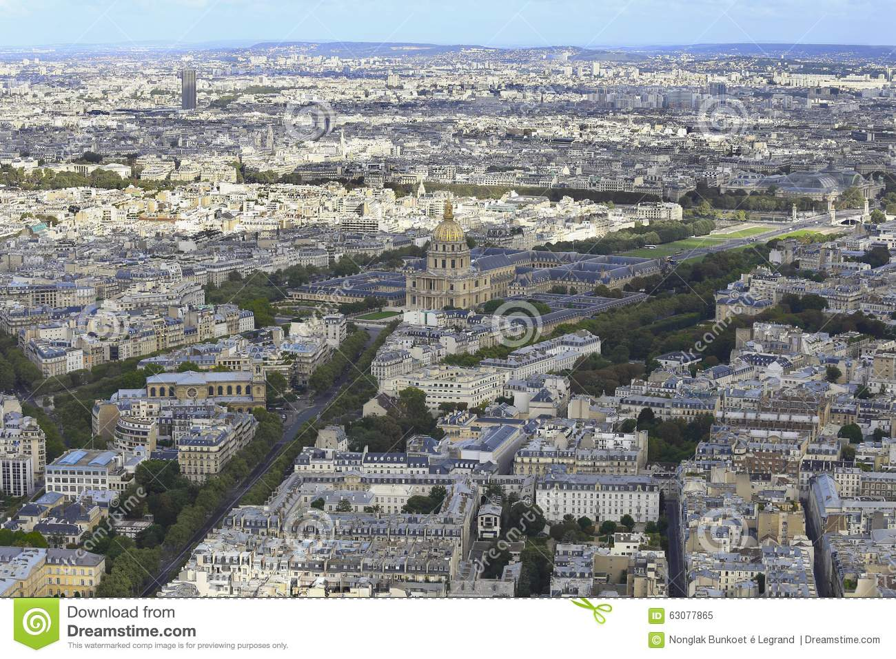 Download La vue de Paris image stock. Image du construction, ciel - 63077865