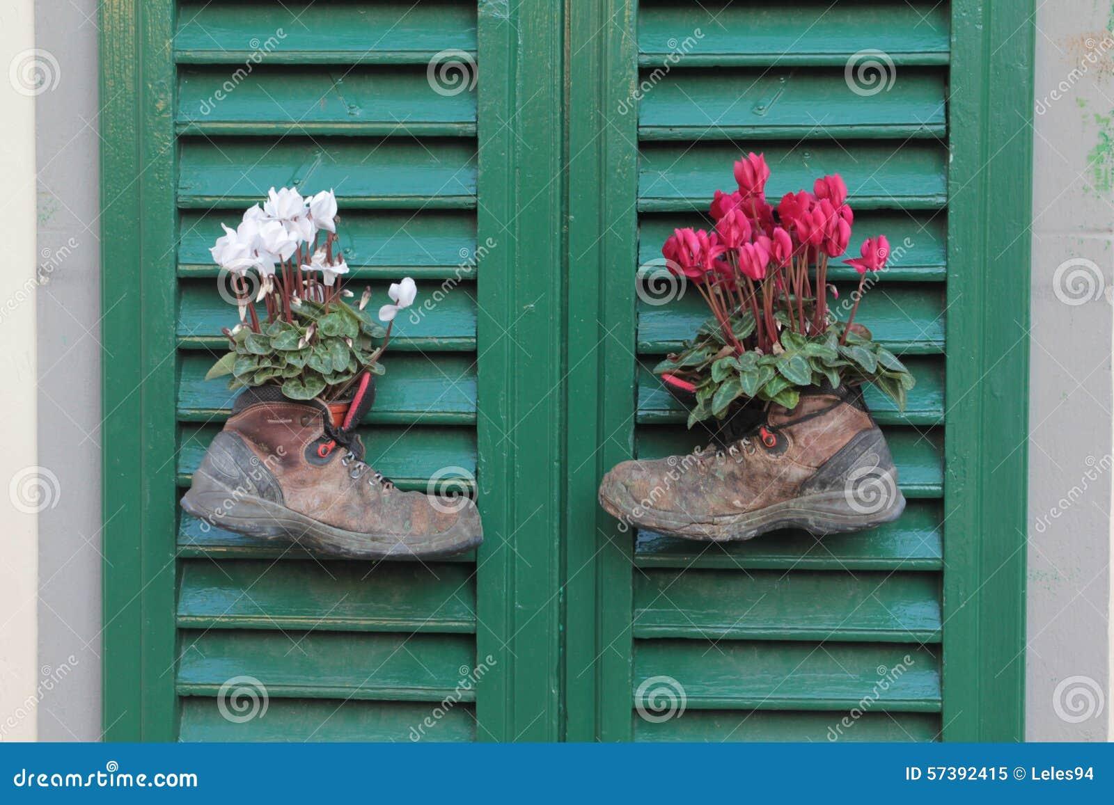 Laarzen met bloemen