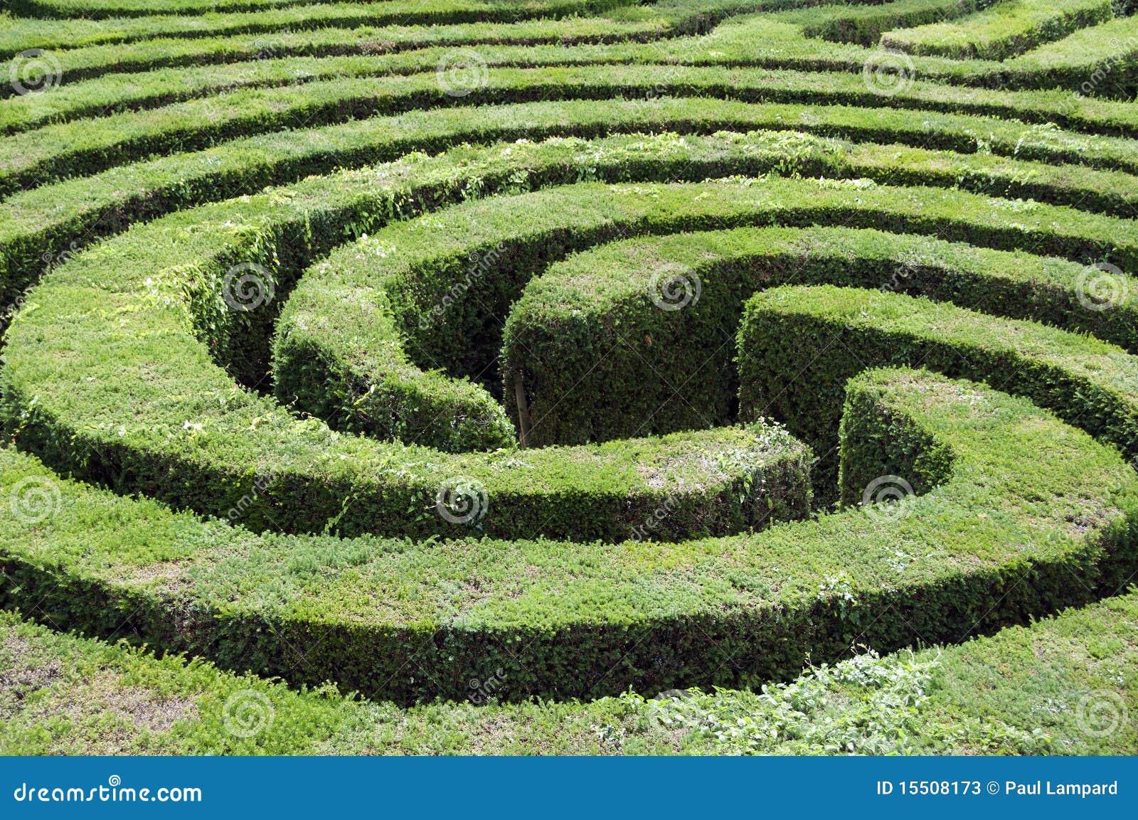 Labirinto fatto da una barriera