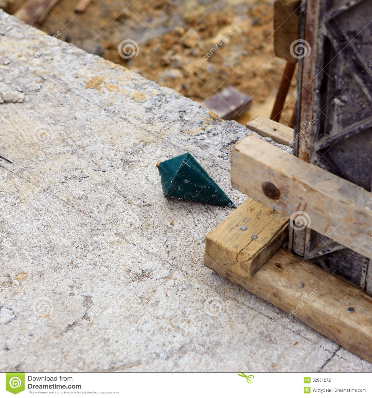 Labor Man Using A Plumb Bob For Check Stock Photo Image Of Rope