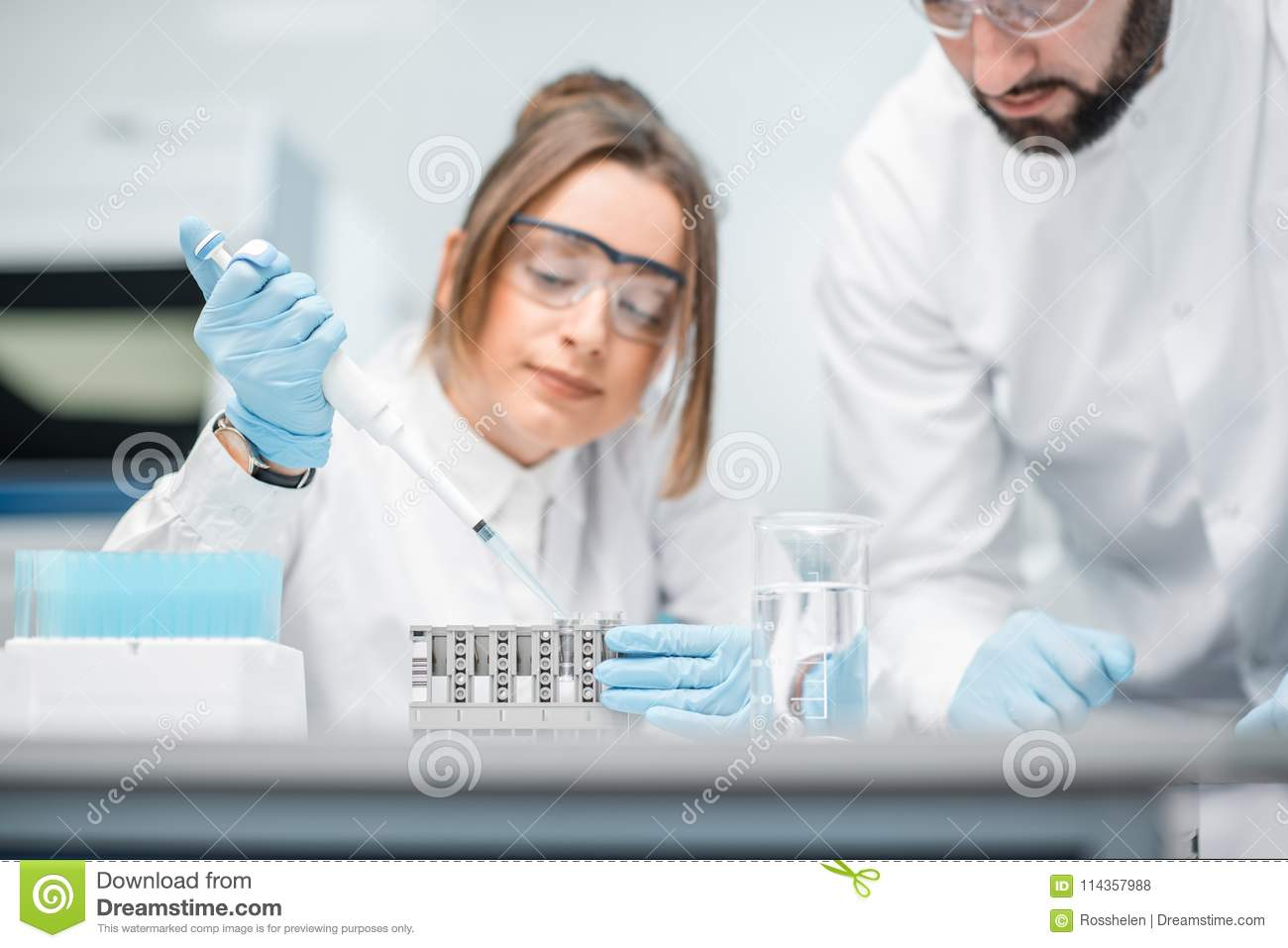 Laboratory assistants working in the medical laboratory