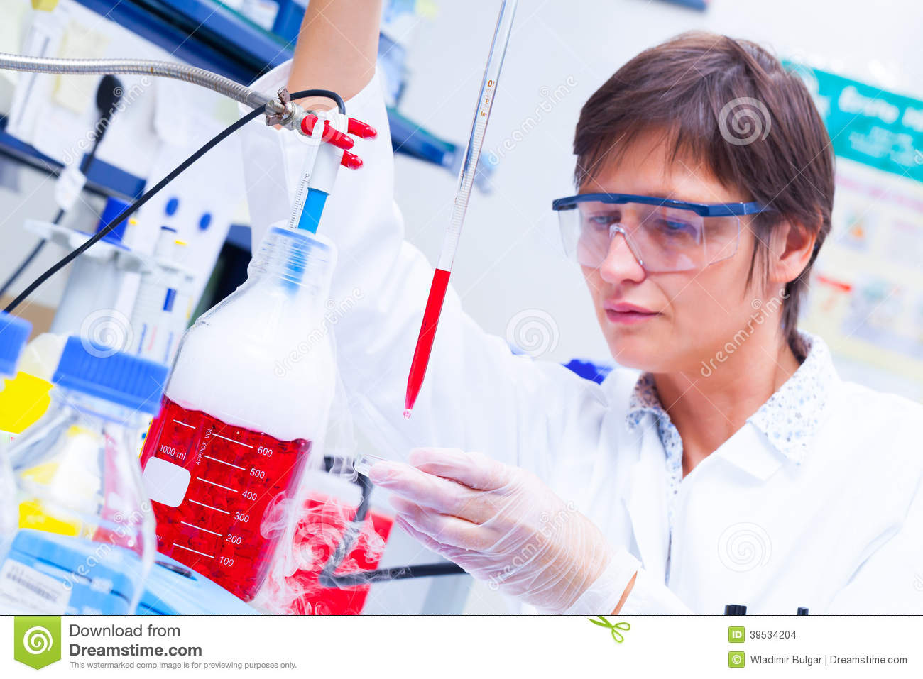 Laboratory research development of cell therapy