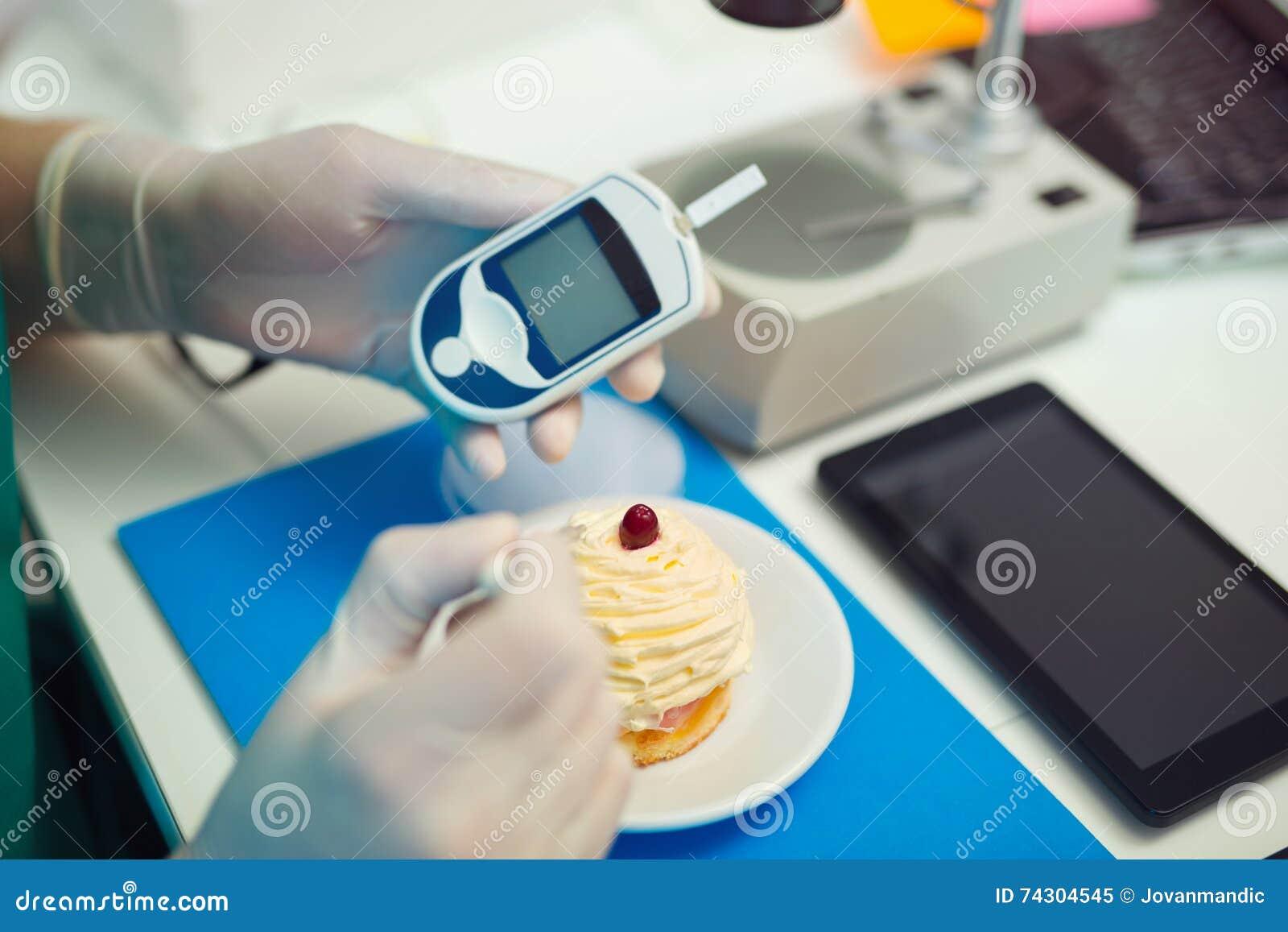 Laboratory testing of glucose to cake