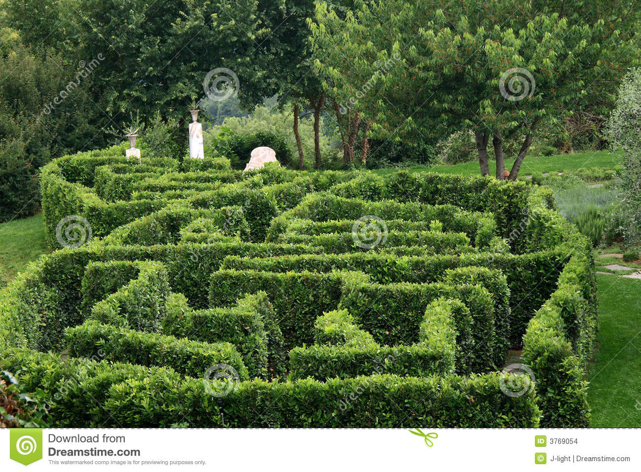 Labyrinth Garden Stock Images Image 3769054