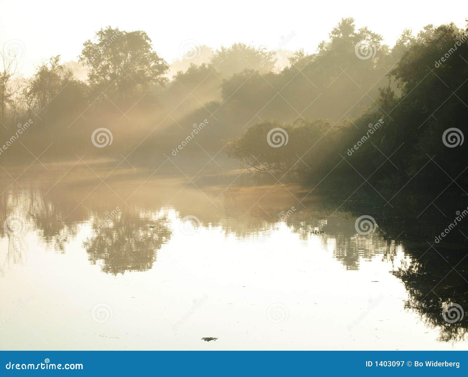 Lac à l aube