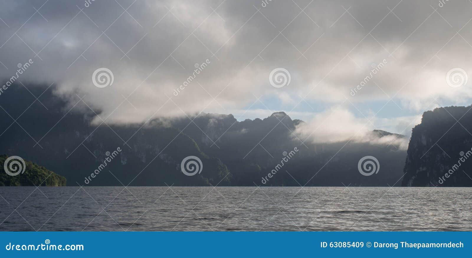 Download Lac image stock. Image du décoratif, intérieur, pêche - 63085409