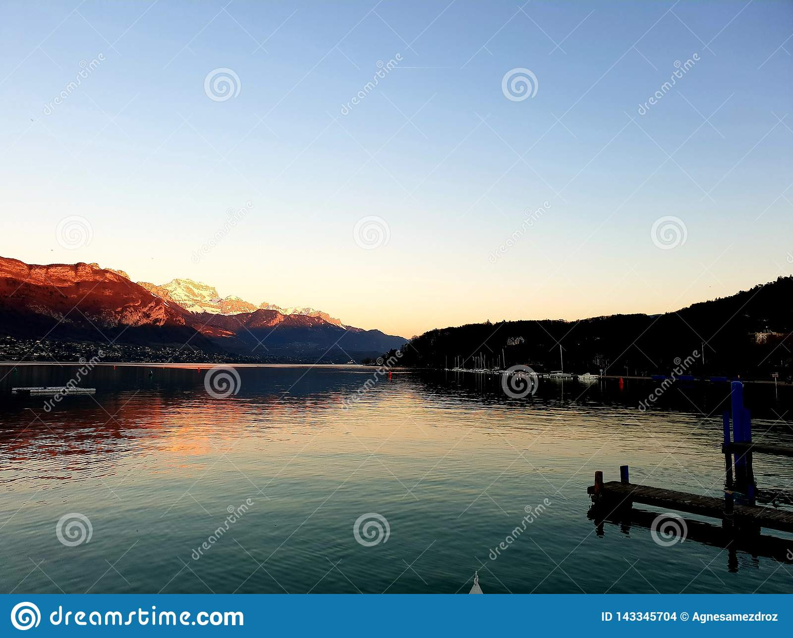 Lac d Annecy, France