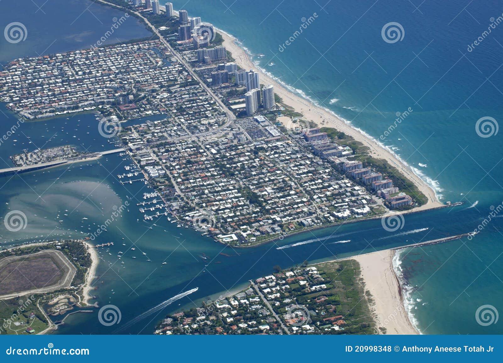 Lac en valeur la prise dans le comté de Palm Beach, la Floride