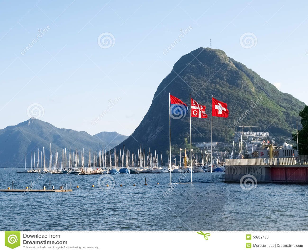 lac lugano monte san salvatore et les drapeaux de la suisse illustration stock image 50869465. Black Bedroom Furniture Sets. Home Design Ideas