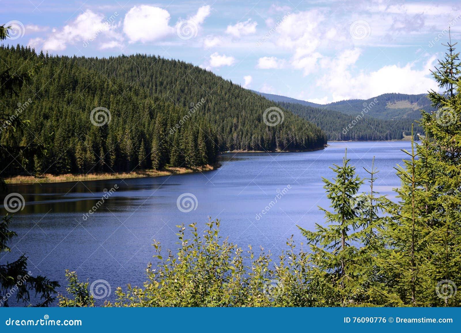 Lac Oasa, Carpathiens Montains, Roumanie