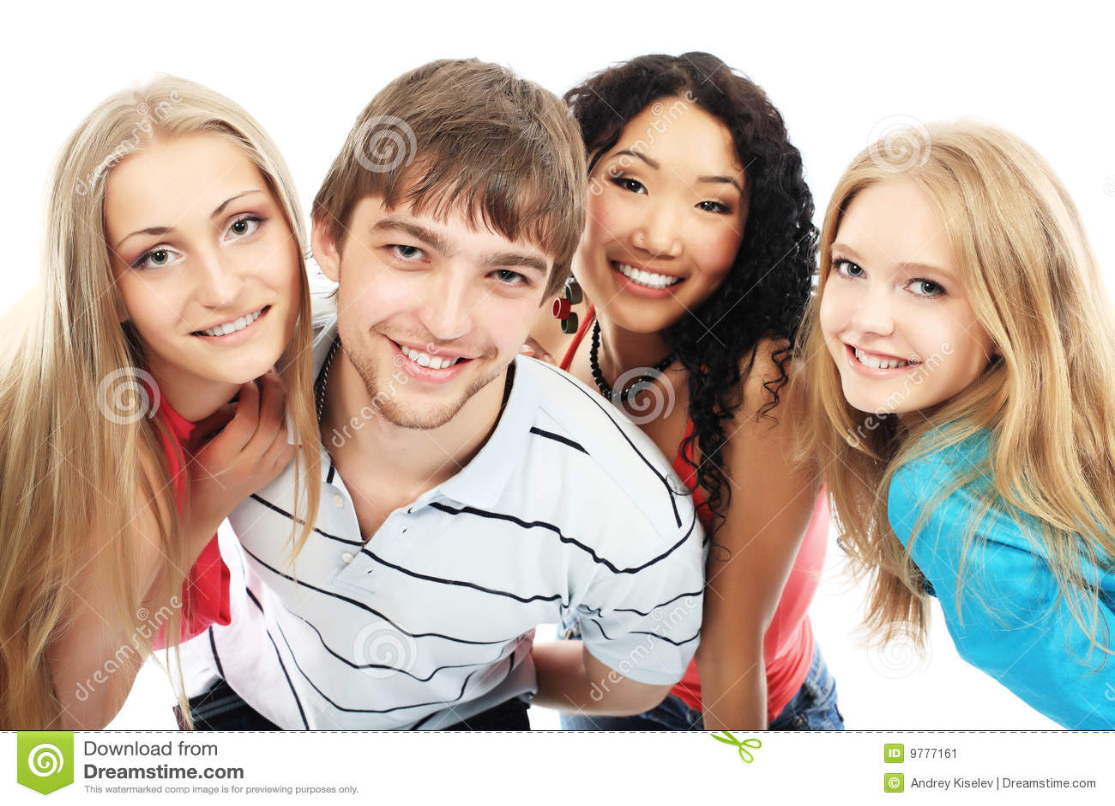 Lachende jonge mensen