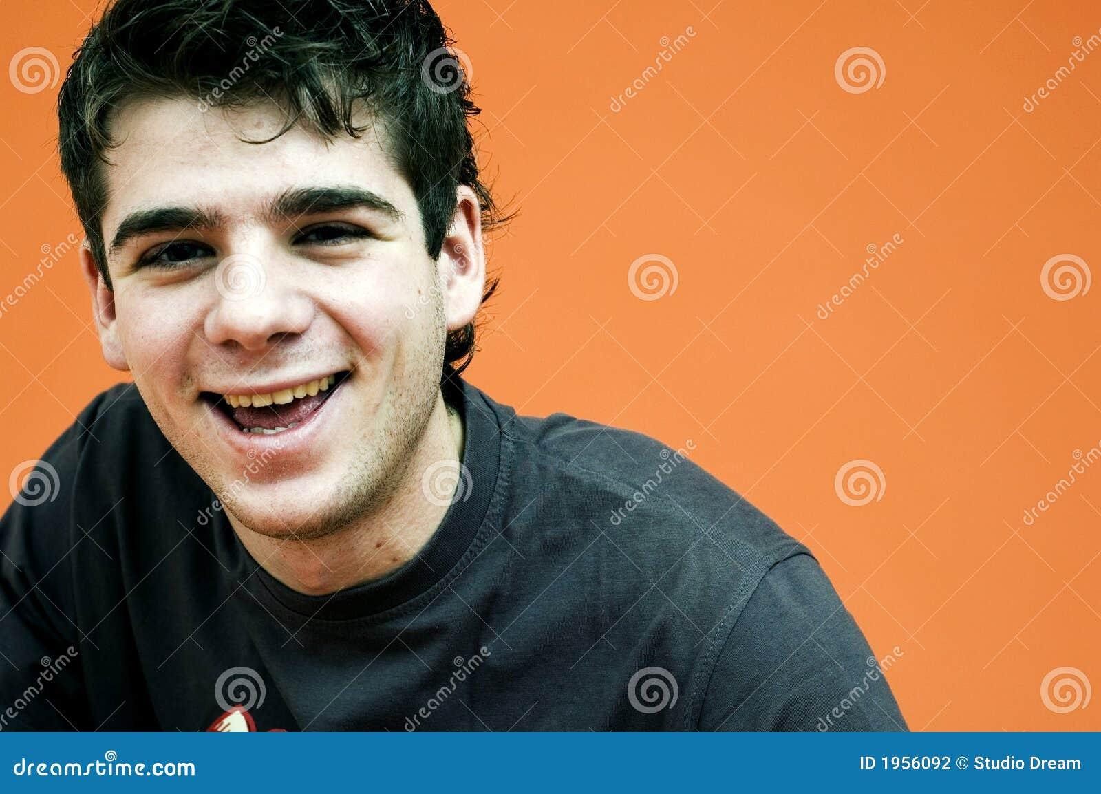 Lachender Teenager