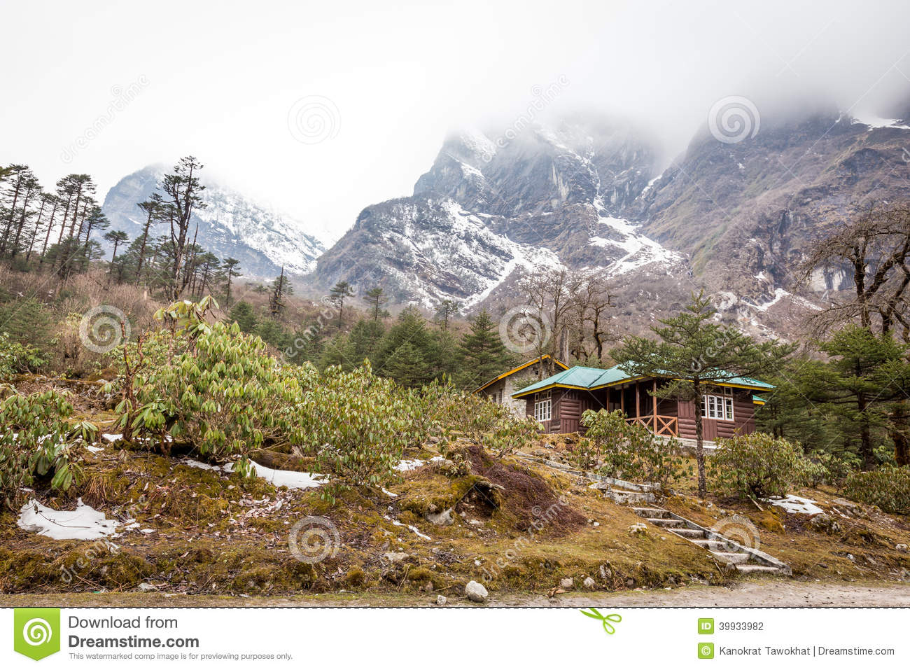 Lachung India  city photo : Lachung In North Sikkim , India Stock Photo Image: 39933982