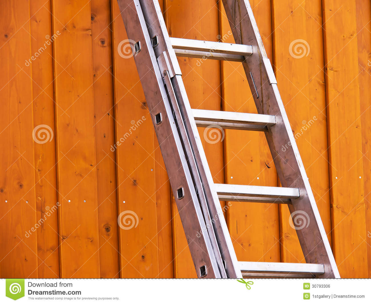 ladder on wall - photo #13