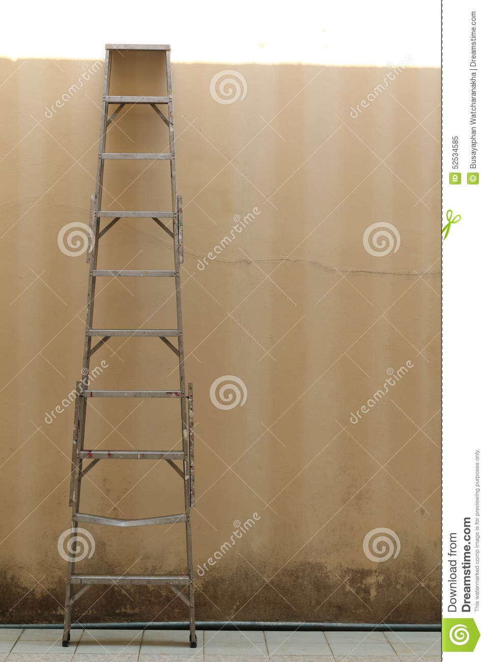 ladder on wall - photo #25