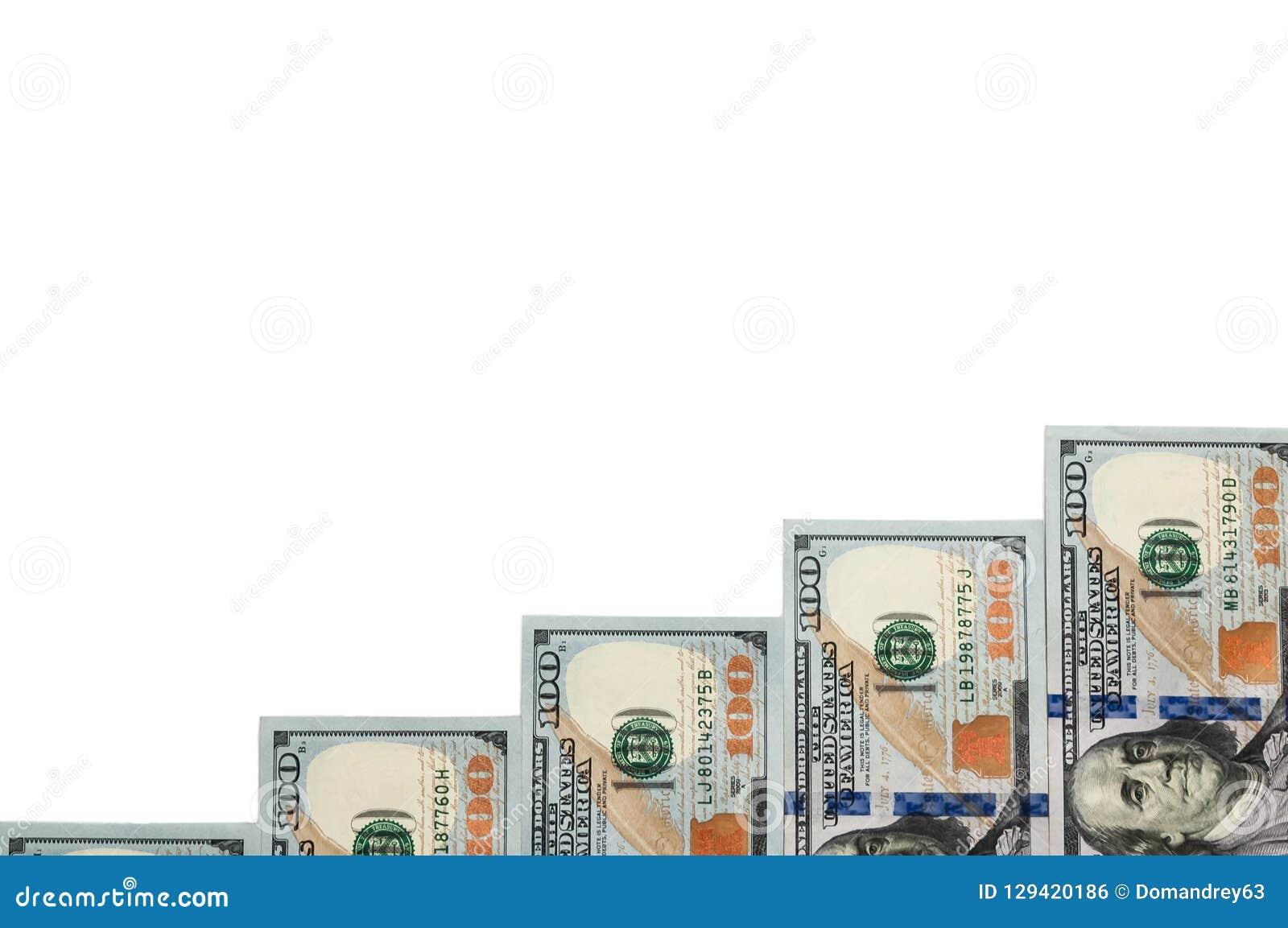 Ladderstappen uit rekeningen van honderd dollars op een witte achtergrond Geïsoleerde