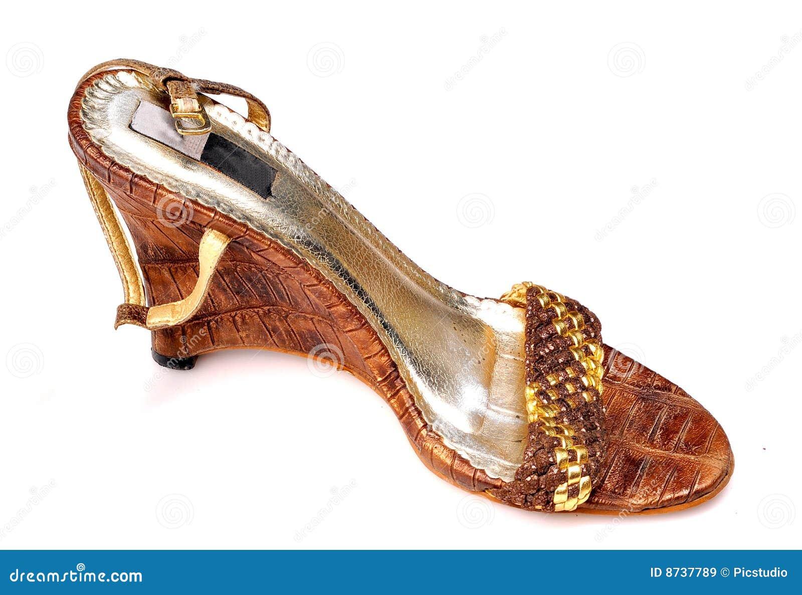 fancy-ladies-footwear-4.jpg