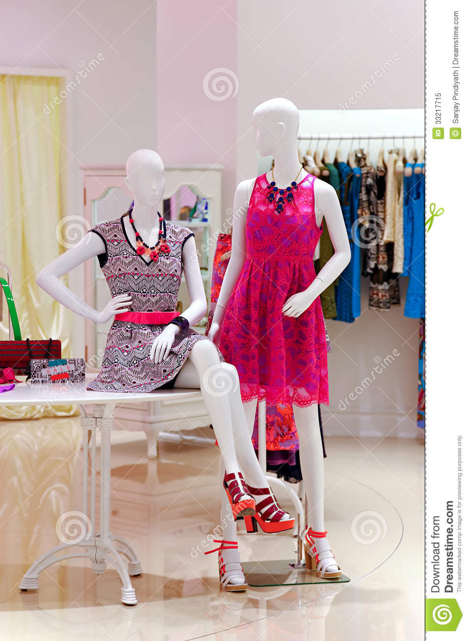 Trending clothing stores. Cheap clothing stores