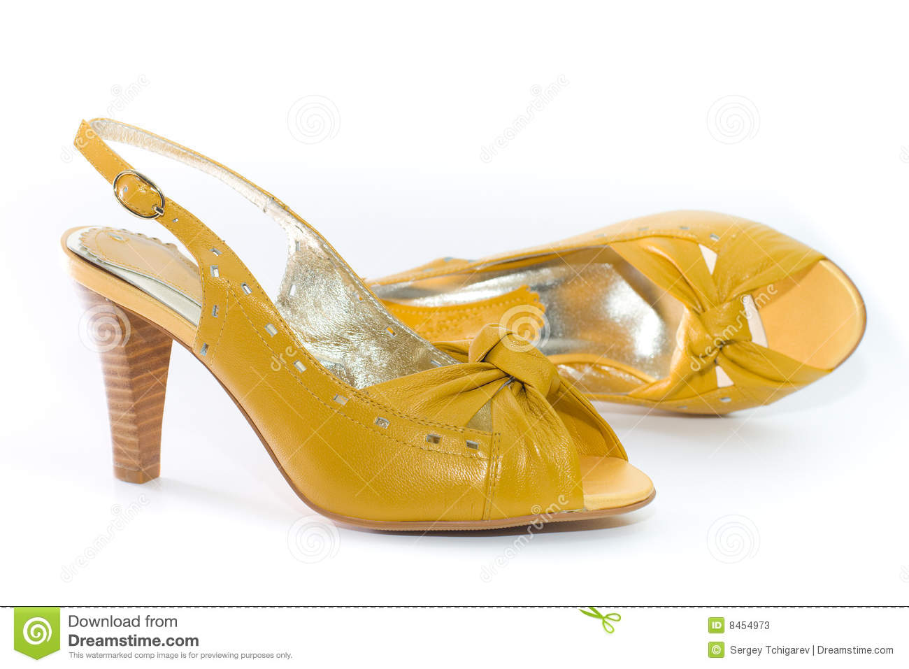 Lady s shoes yellow