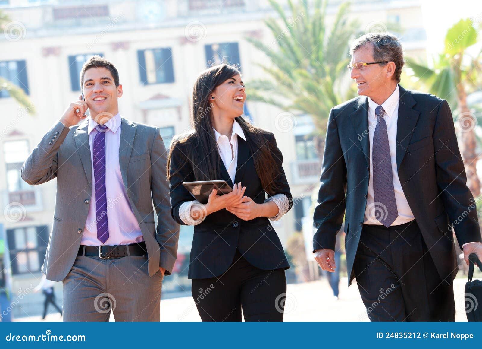 Lag för affärsmöte utomhus