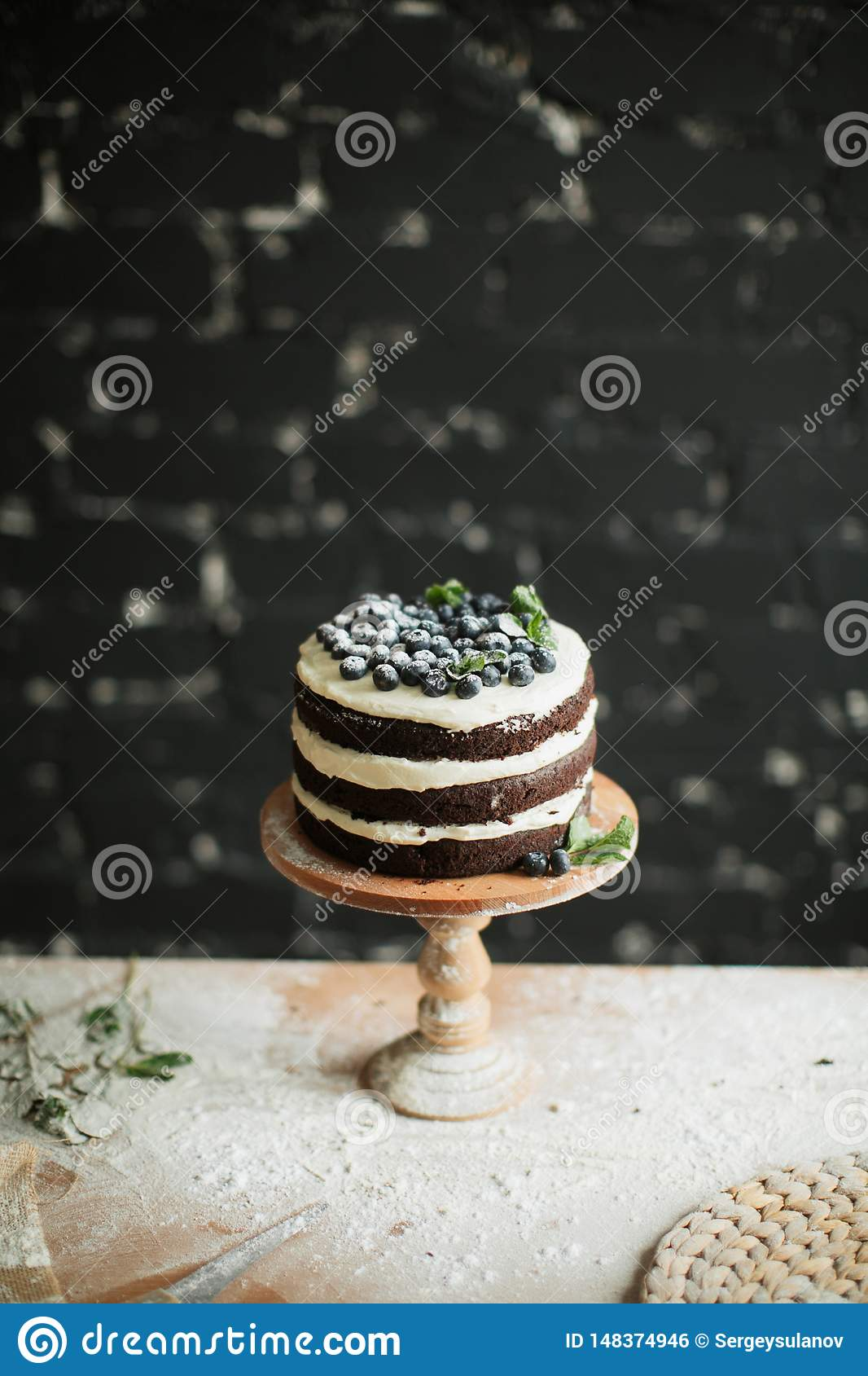 Laga mat kakan p? tabellen och att baka kakaingredienser