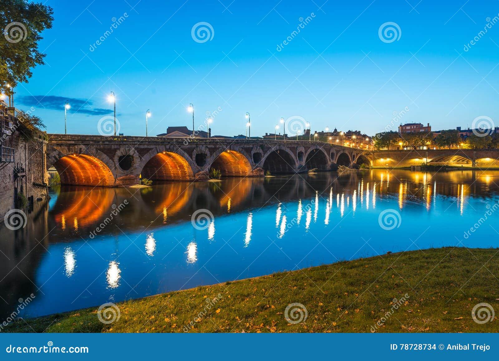 LaGaronne bortgång till och med Toulouse, Frankrike