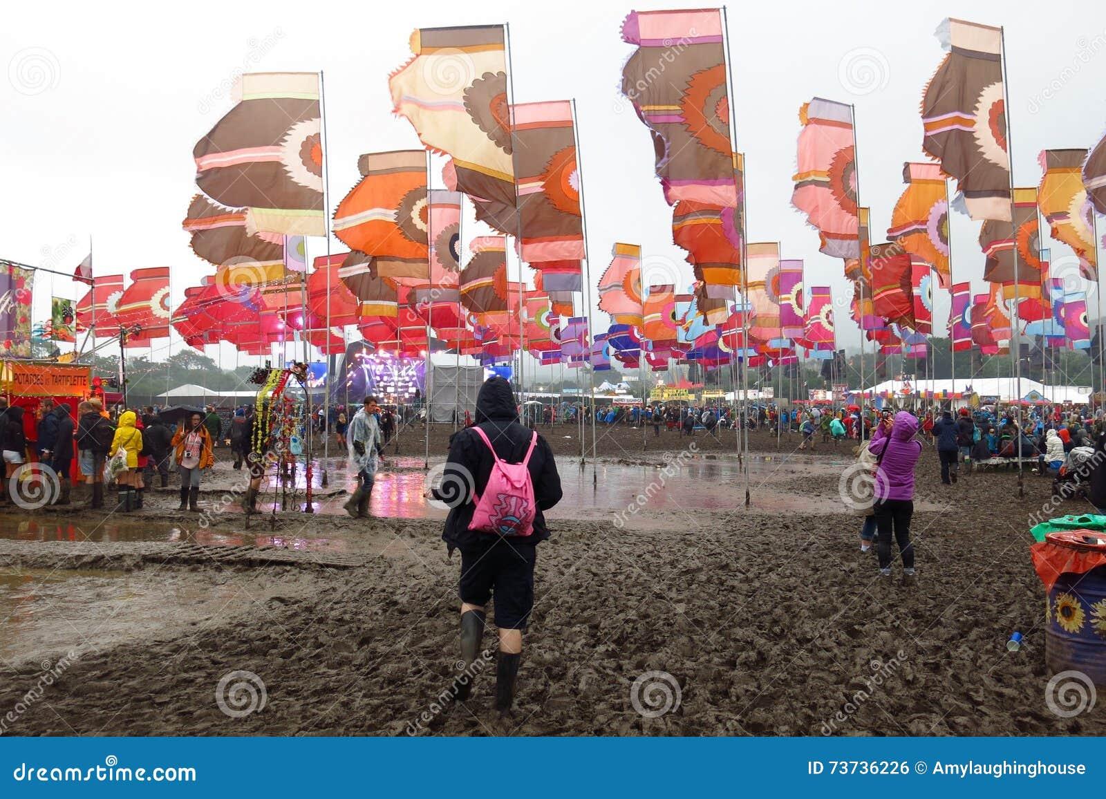 Laghi festival di Glastonbury di fango