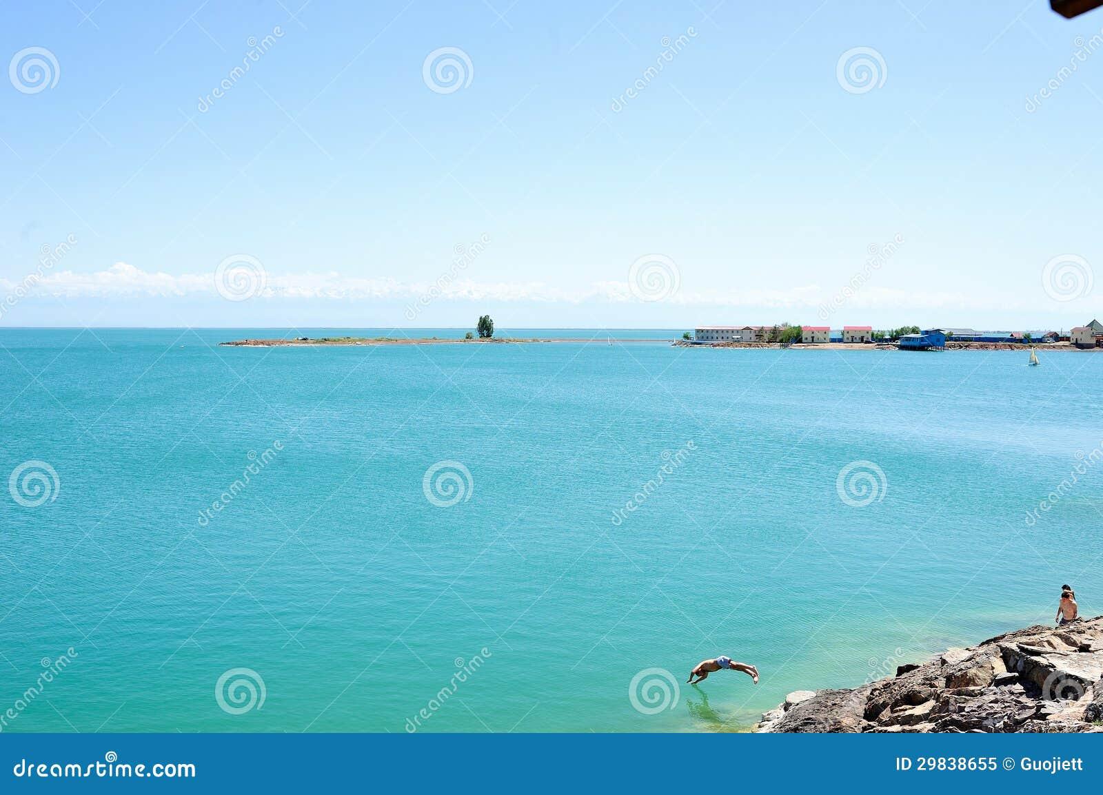 Lago Almaty kazakhstan