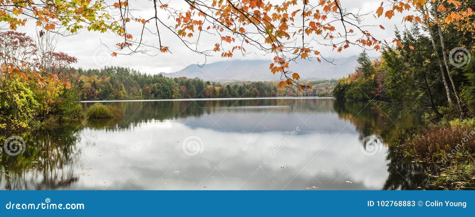 Lago Autumn Panorama Waterbury