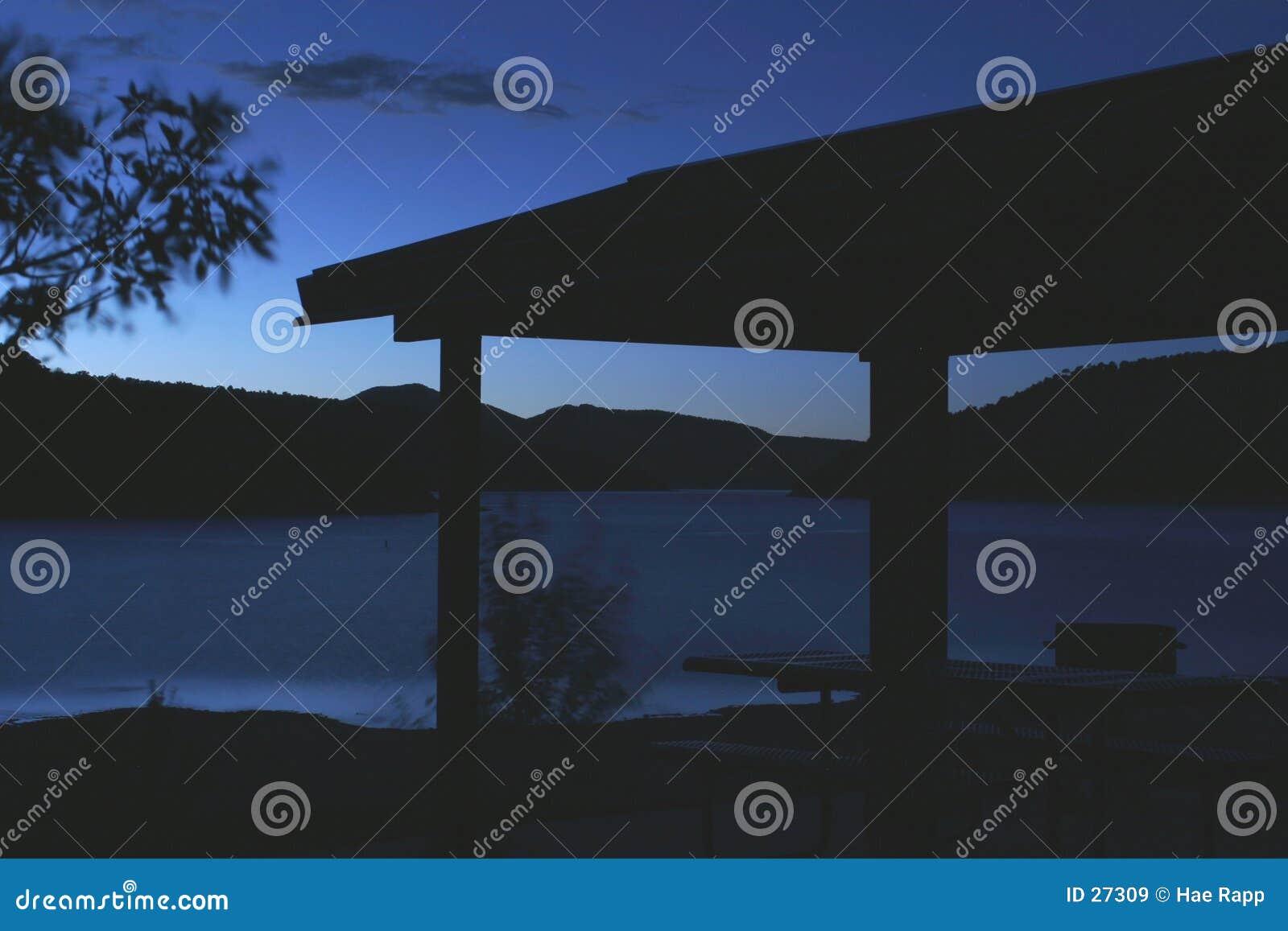 Download Lago azul imagen de archivo. Imagen de noche, color, azul - 27309