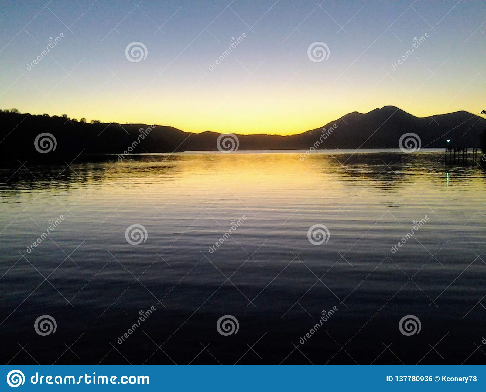 Lago claro