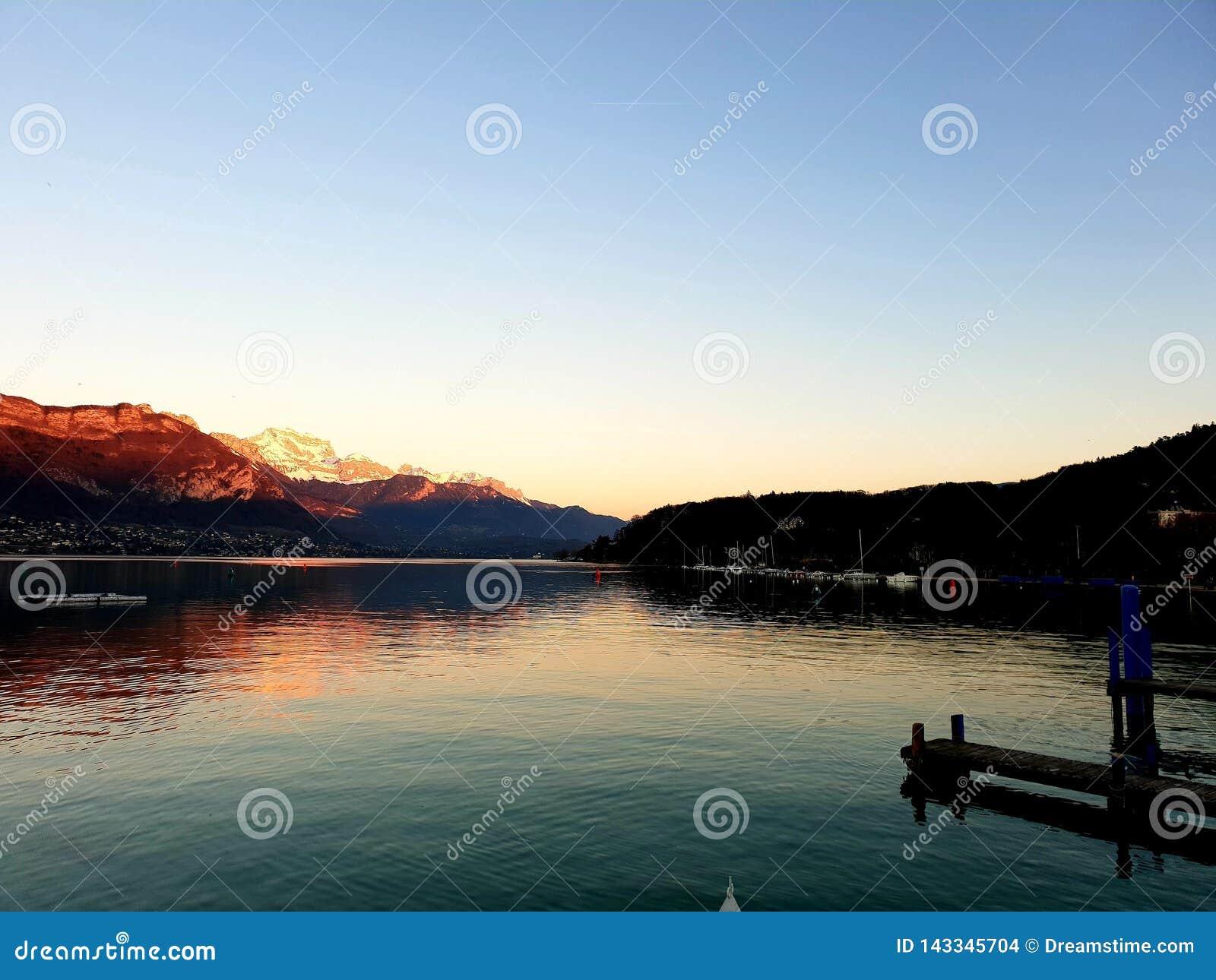 Lago de Annecy, Francia