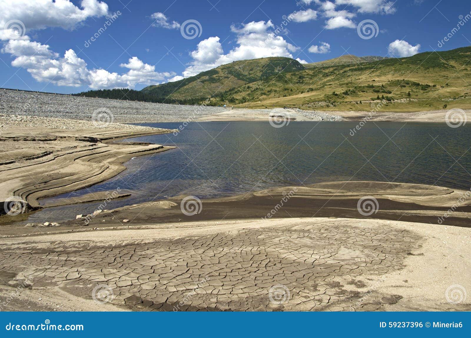 Download Lago De La Montaña De La Sequía Foto de archivo - Imagen de alto, altitud: 59237396