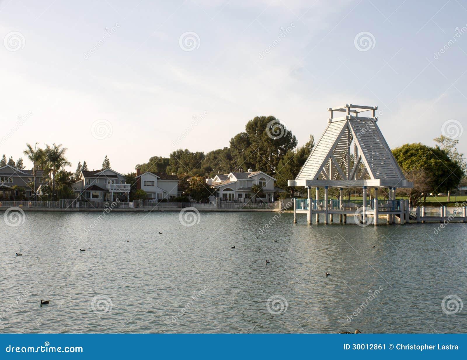 Lago del sud, Irvine, CA