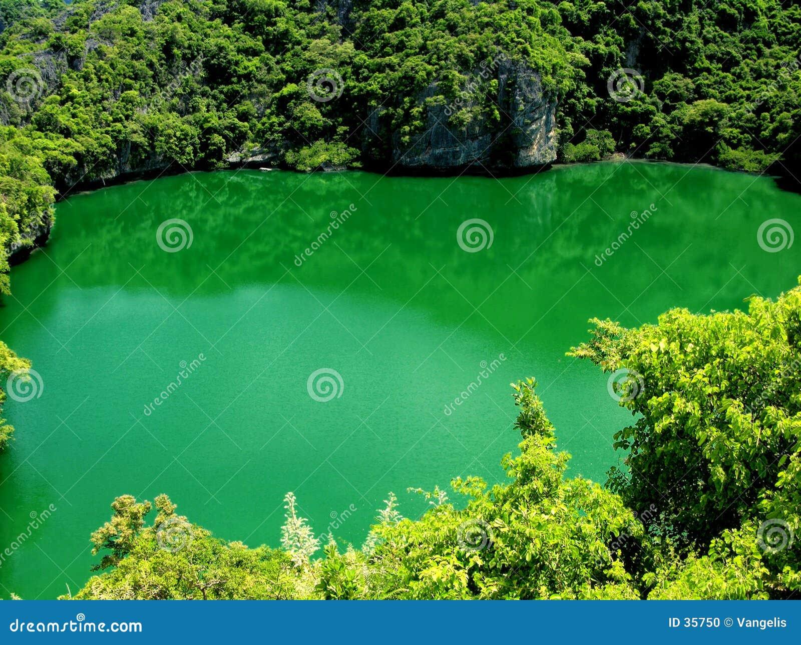 Download Lago en el cielo 2 foto de archivo. Imagen de orilla, atracción - 35750