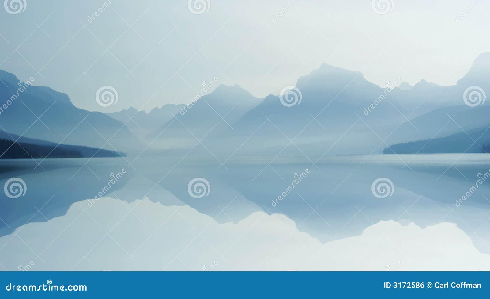 Lago enevoado B 8-07