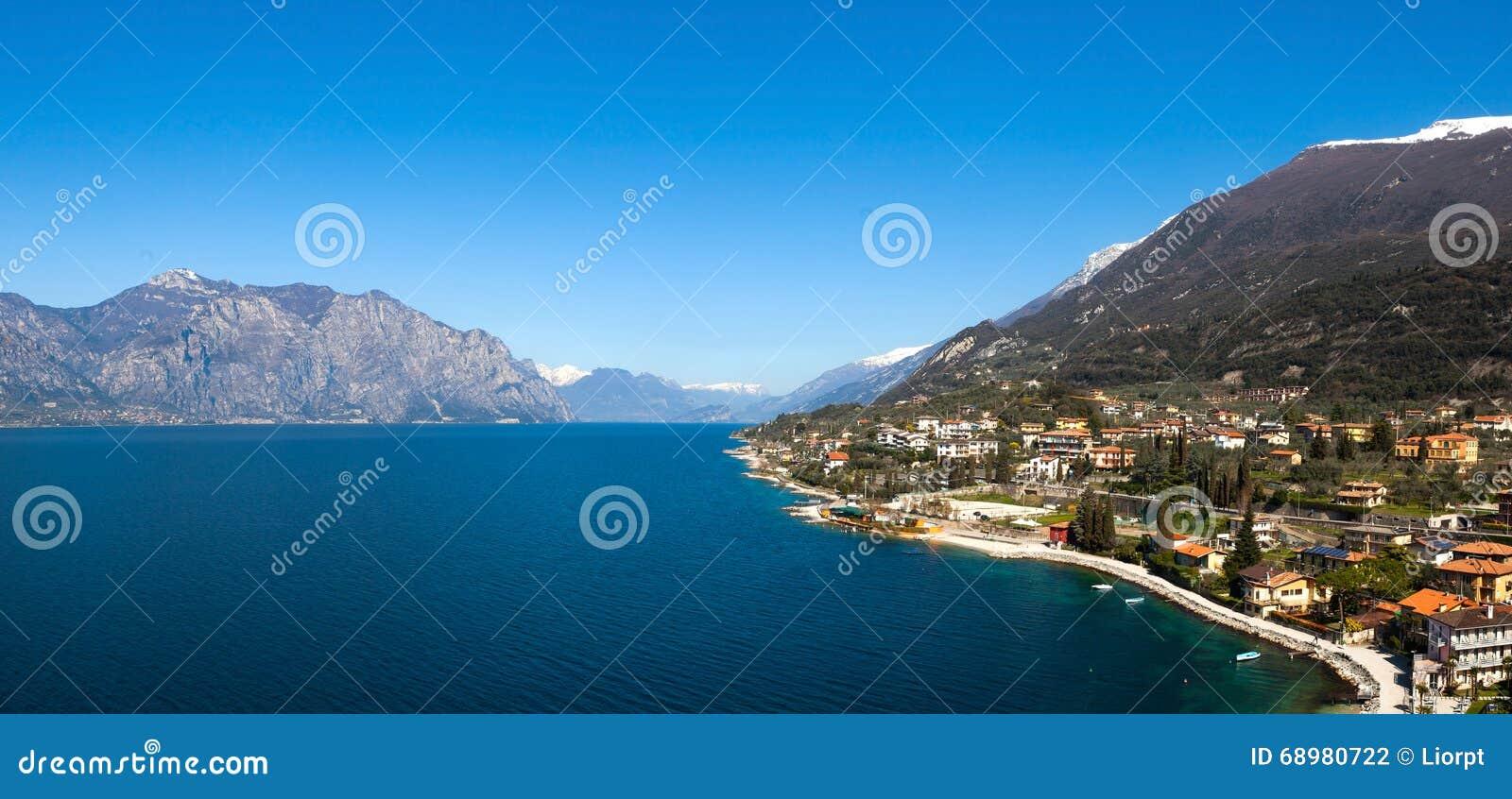 Lago Garda y la ciudad de Malcesine