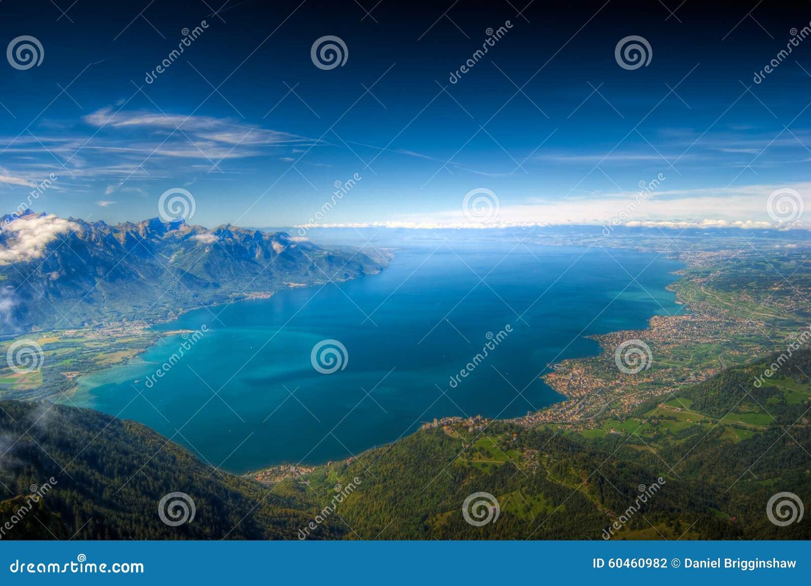 Lago Ginebra, Suiza, HDR