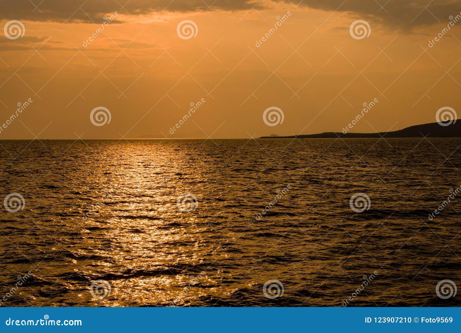 Lago Kariba em Zimbabwe África do Sul